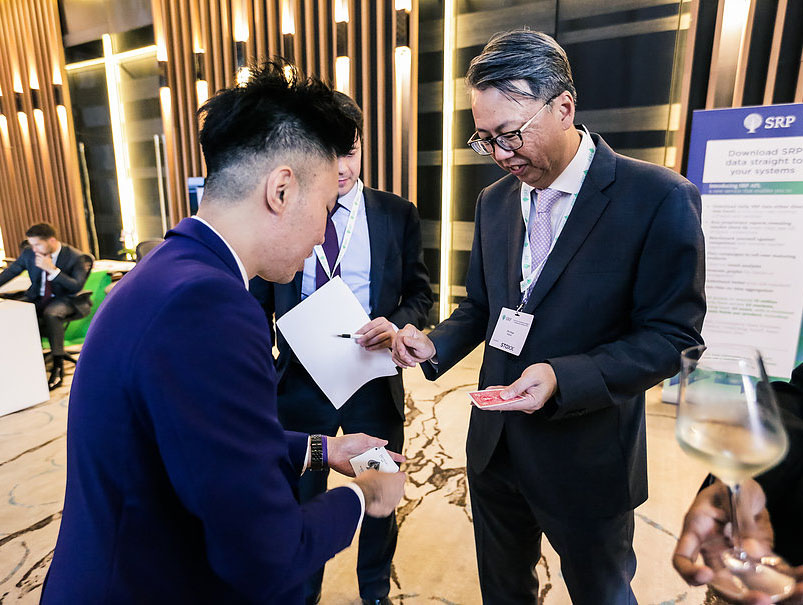 Singapore Corporate Magician