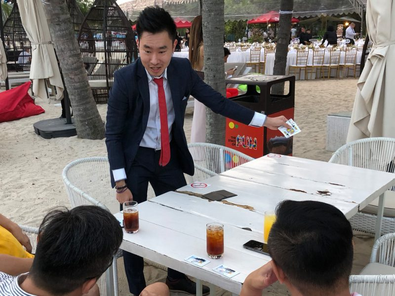 singapore magician mindreader